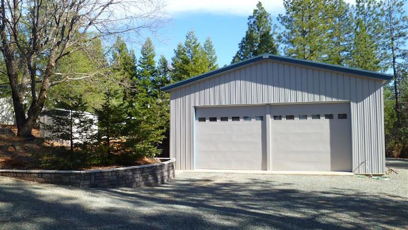 Metal Buildings: When to Insulate Your Prefab Metal Garage?