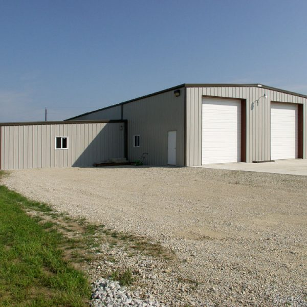 Storage Building with Leanto