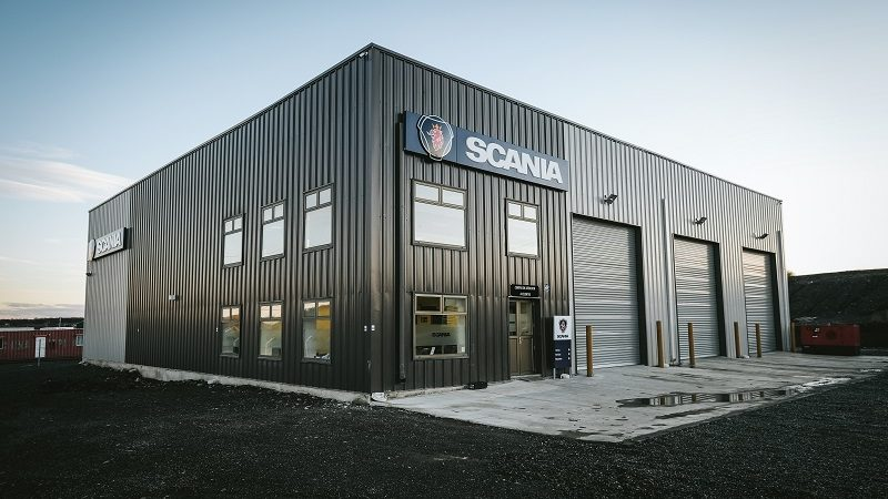 300397-85x87-Warehouse-Shop-Grey-Landolt-Scania-Punta-Arenas-Chile