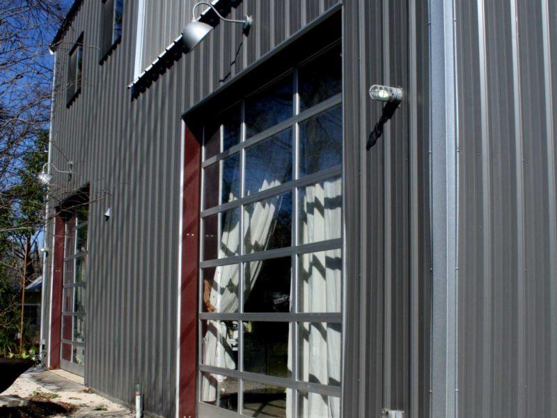Gray Residential Workshop Steel Building. 30x48 located in Austin,TX.