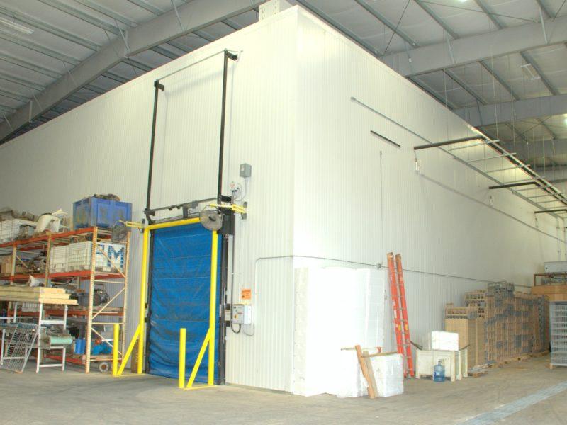 201721 _ 105x140 - Cold Storage - White - Douglas Cornman - Washington USA