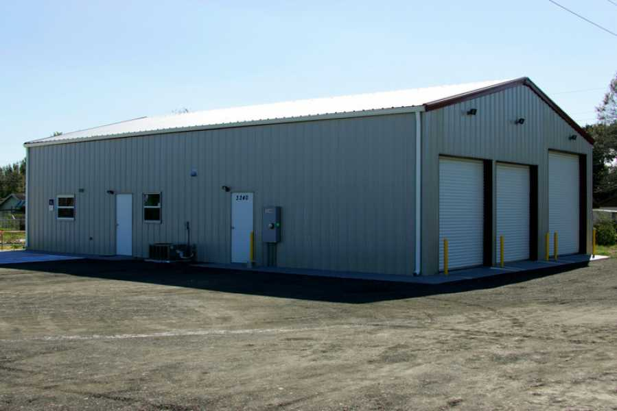 Auto Storage Building   24734