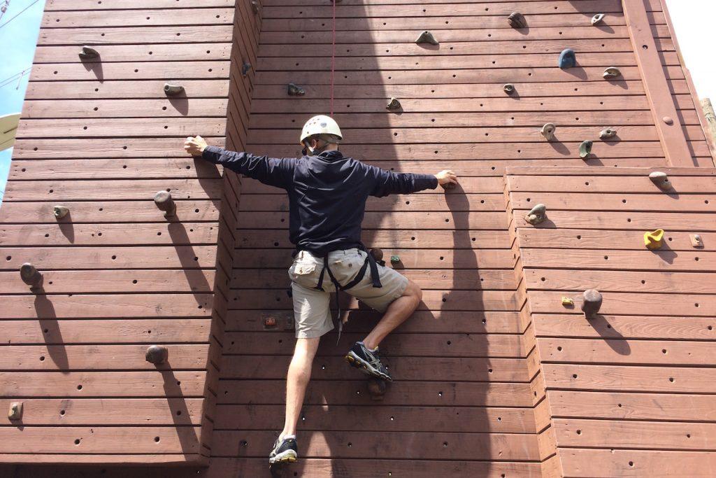 wall-climb-01a